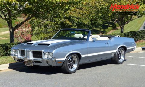 1971 Oldsmobile Cutlass – completely upgraded for sale