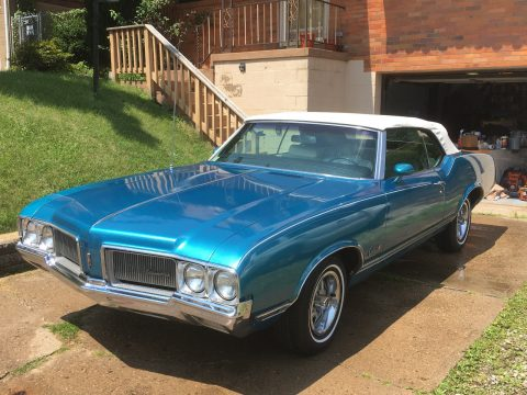 Supreme Convertable 1970 Oldsmobile Cutlass for sale