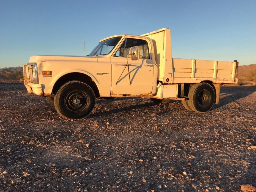 1972 Chevy K20 Dump truck
