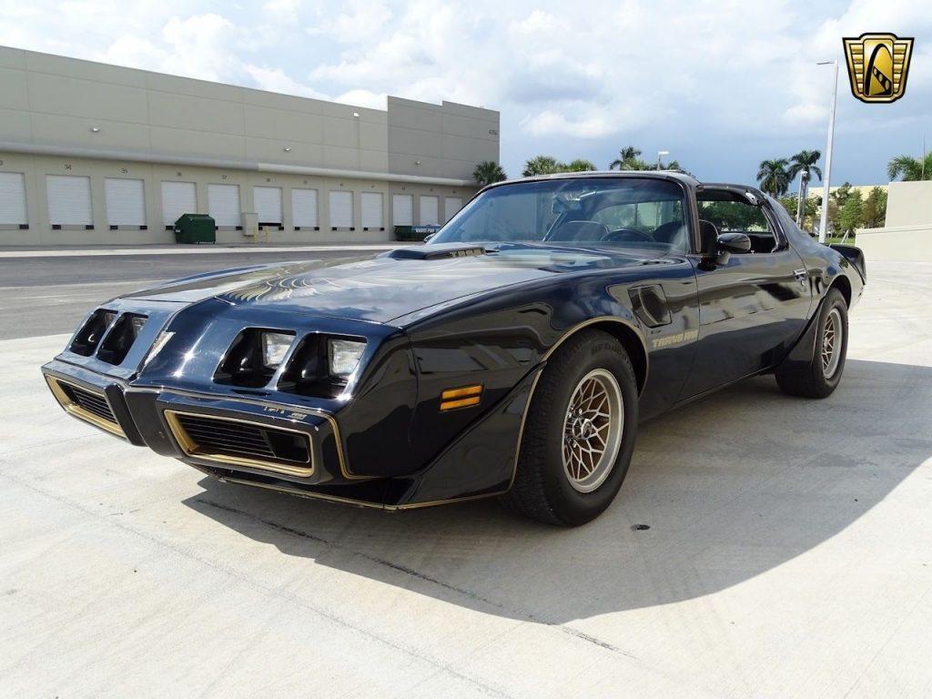 1979 Pontiac Trans Am 6.6 4 Speed Manual